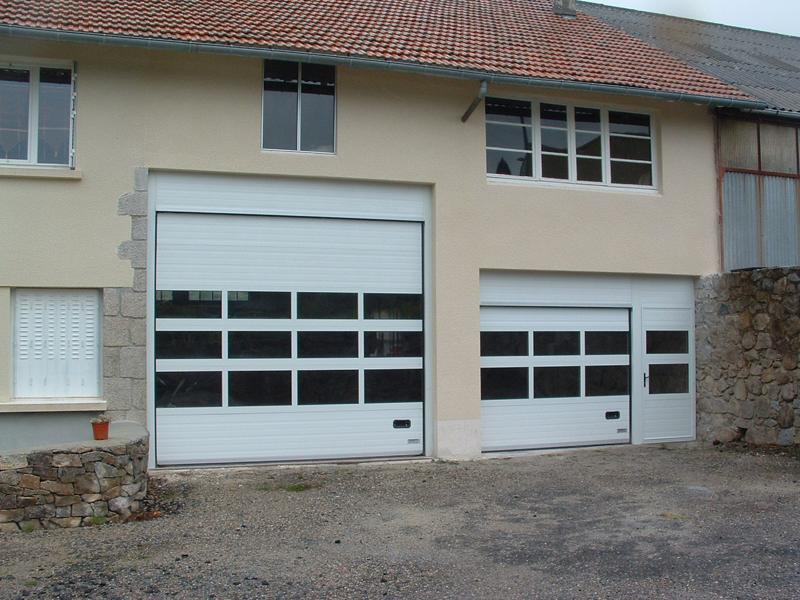 Portes de garage tous types d 39 ouvertures motorisation for Porte de garage 2 40 x 2 15
